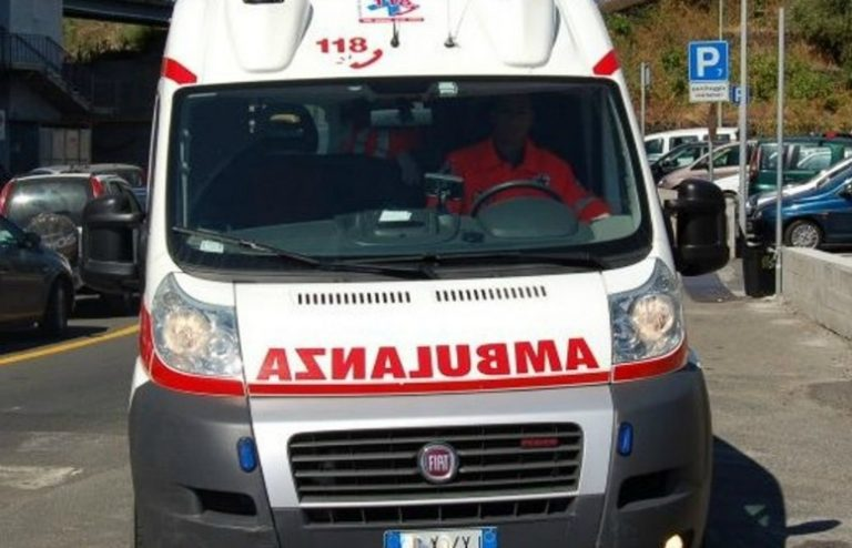 Ambulanza-768x494